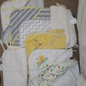 8 items bath time baby  towels